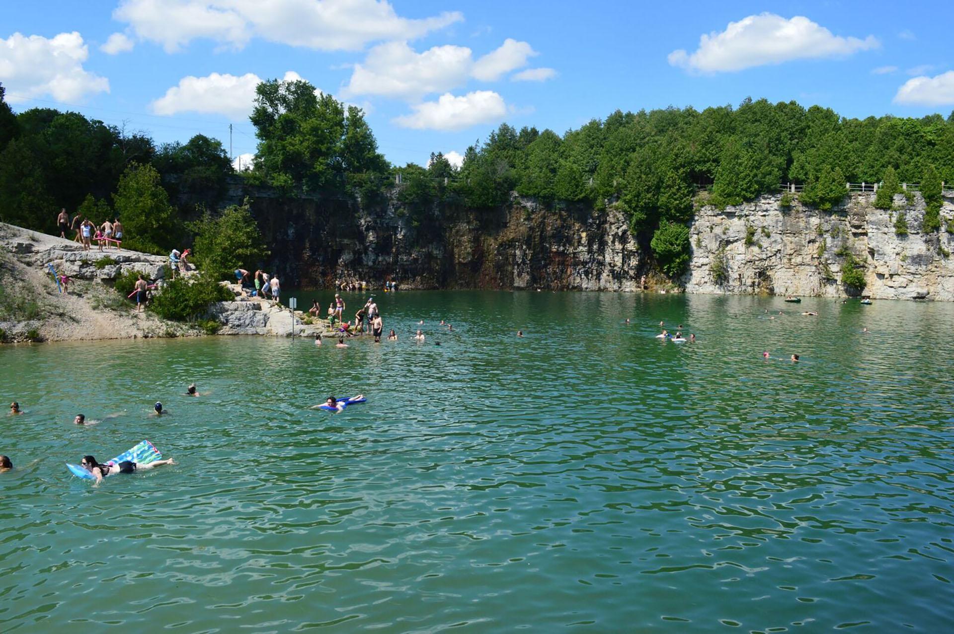 swimming hole Elora Gorge